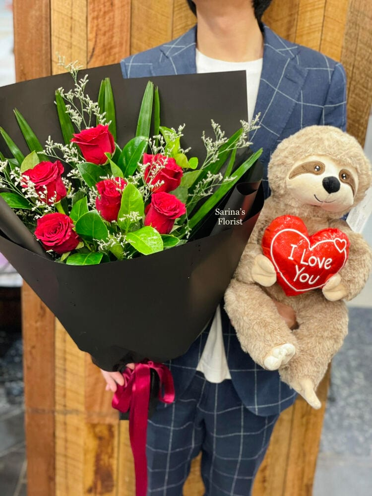 6 stems of red roses bouquet with Solth