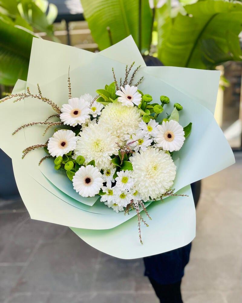 White elegant bouquet
