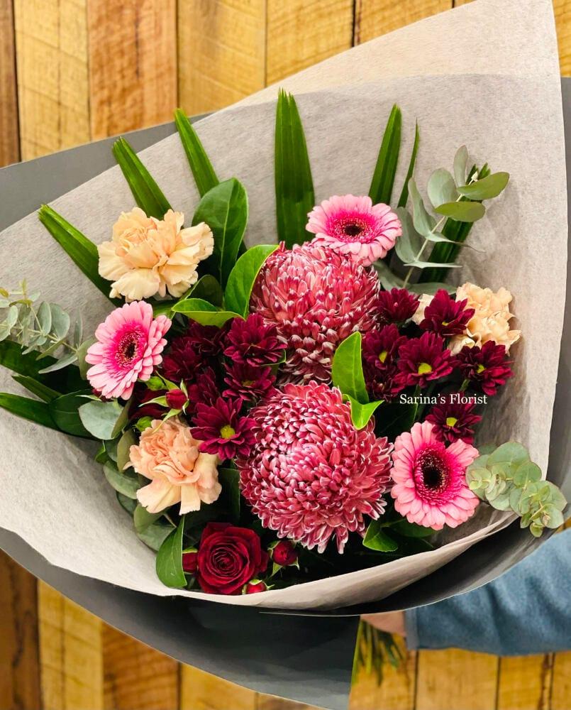 Special burgundy bouquet