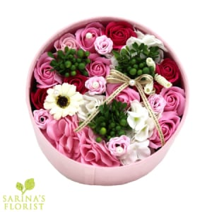 Fragrant Soap Flowers in a Hat Box - Pinks